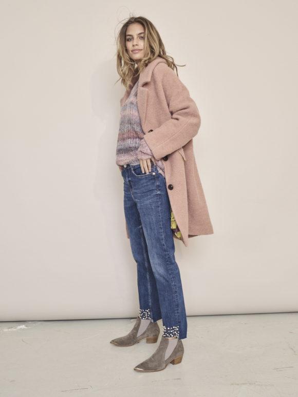 129480 Nayla Stripe Knit - 129070 Sunn Night Step Jeans - 129600 Manny Wool Coat - 130100 Dallas Boot